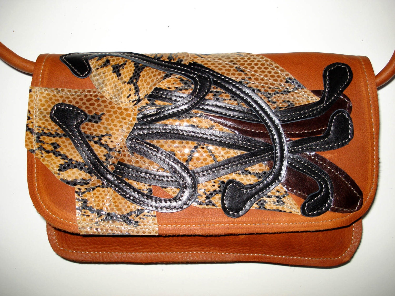 Shoulder strap Clutch bag in Tan leather with snake skin applique Lily
