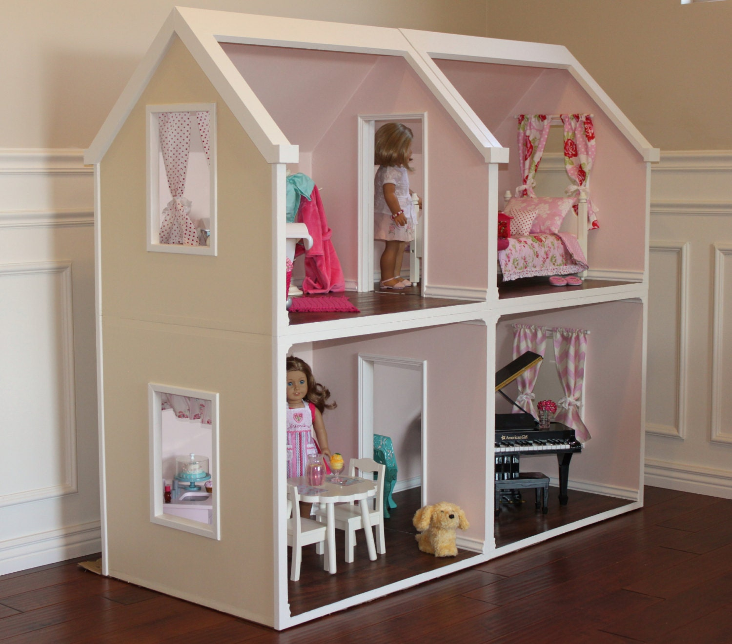 Karen Mom of Three's Craft Blog: Doll Houses For The Holidays.