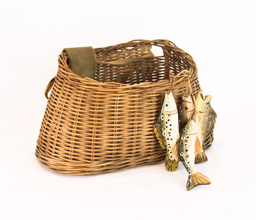 Vintage fly fishing creel basket with shoulder strap by for Fly fishing creel