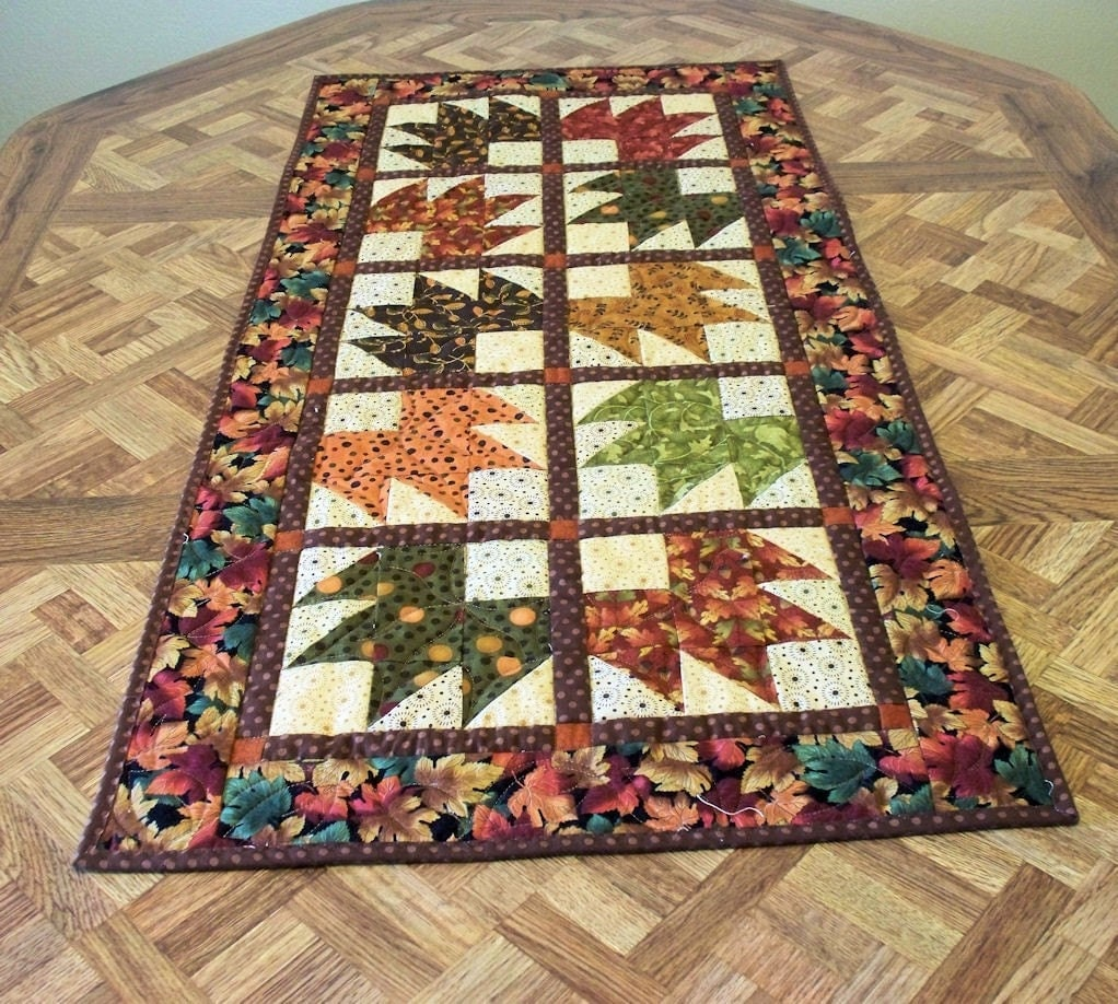 Quilted Table Runner Fall Leaves 2 By Quiltsewpieceful On Etsy