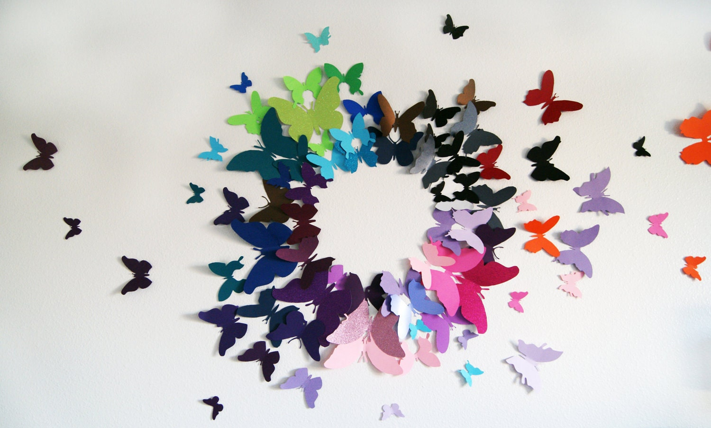 Летящие бабочки на стене своими руками