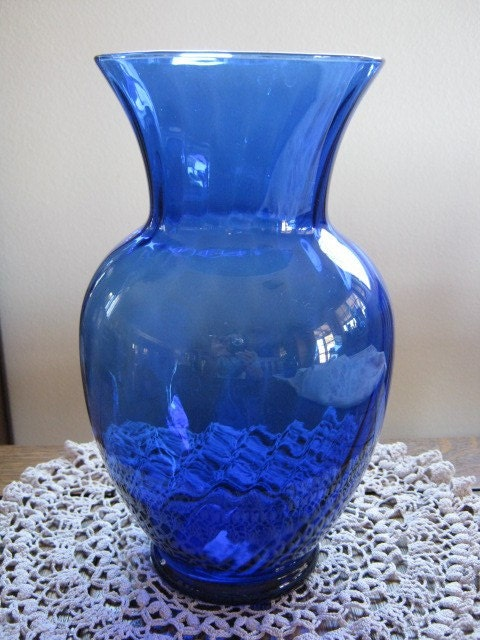 Very Pretty Big Dark Cobalt Blue Glass Vase Swirl By