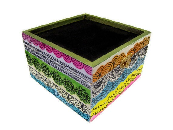 Decoupage Chalkboard Box - Wooden Box with a Chalkboard Lid Decoupaged in a Colorful Print - Lovefortheworld
