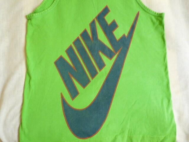 Amazoncom Nike Swoosh Wristbands Atomic GreenBlack