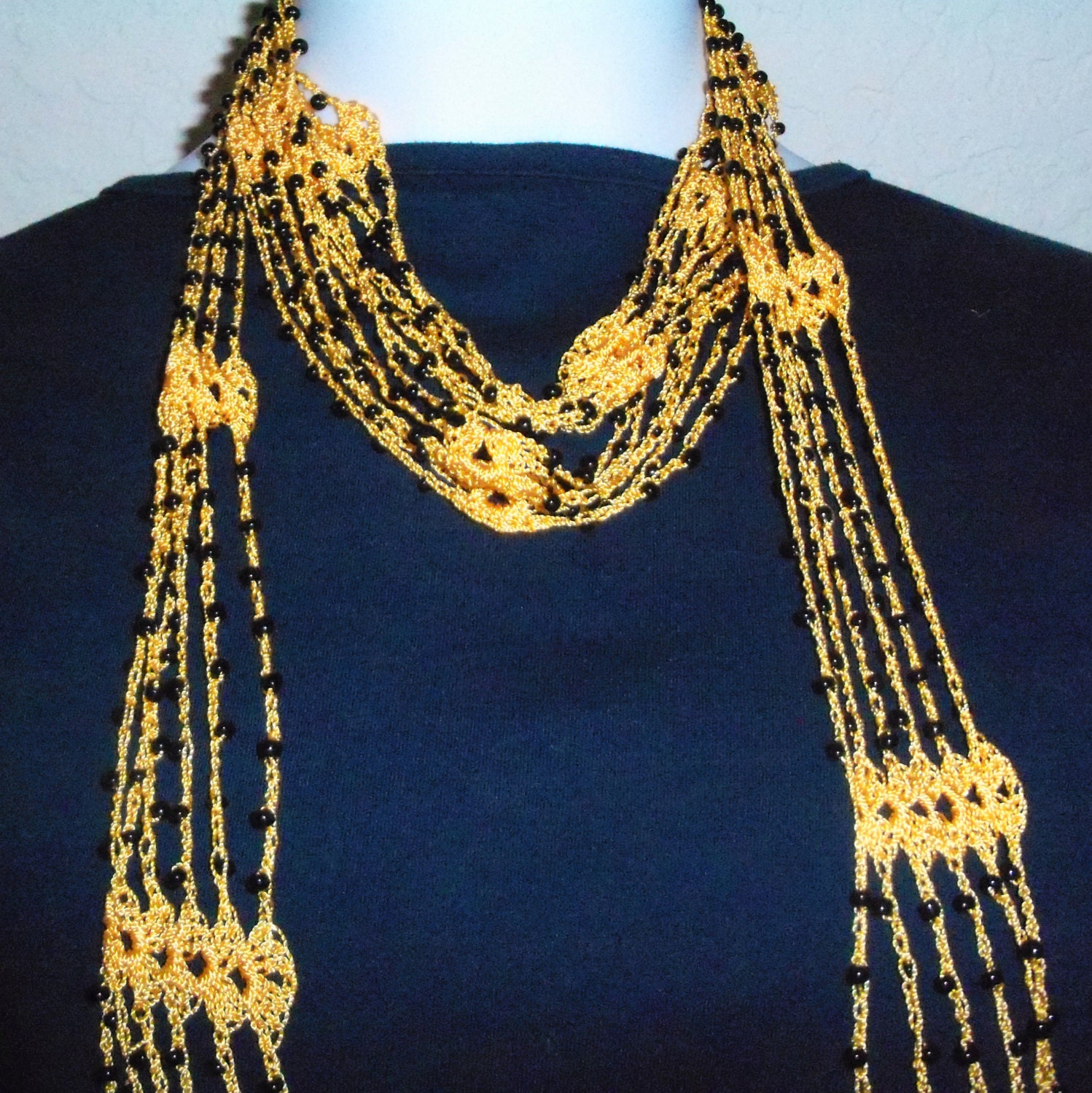 Free Crochet Scarf Patterns With Beads : CROCHET SKINNY SCARF NECKLACE ? Only New Crochet Patterns