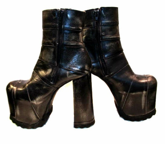 Vintage Luichiny Cyber Glam Platform Boots from Spain Wms 8