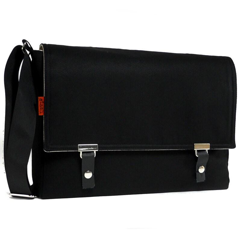 messenger bag for 11 macbook air black twill by mooseandpine