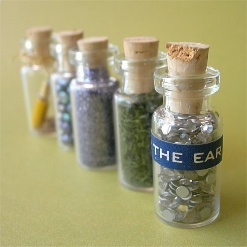 Tiny glass bottles with corks lot of 10 by seriousbeader for Colored glass bottles with corks