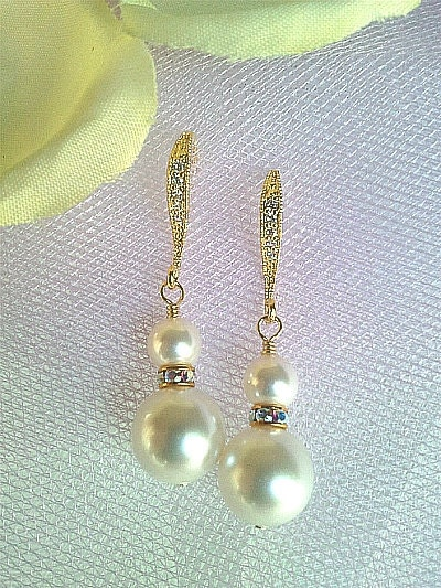 Wedding Jewelry - 5 Pairs Earrings - White Pearl with 16K Gold Plated Earrings - Gold earrings, bridal jewelry gift favor, party gifts