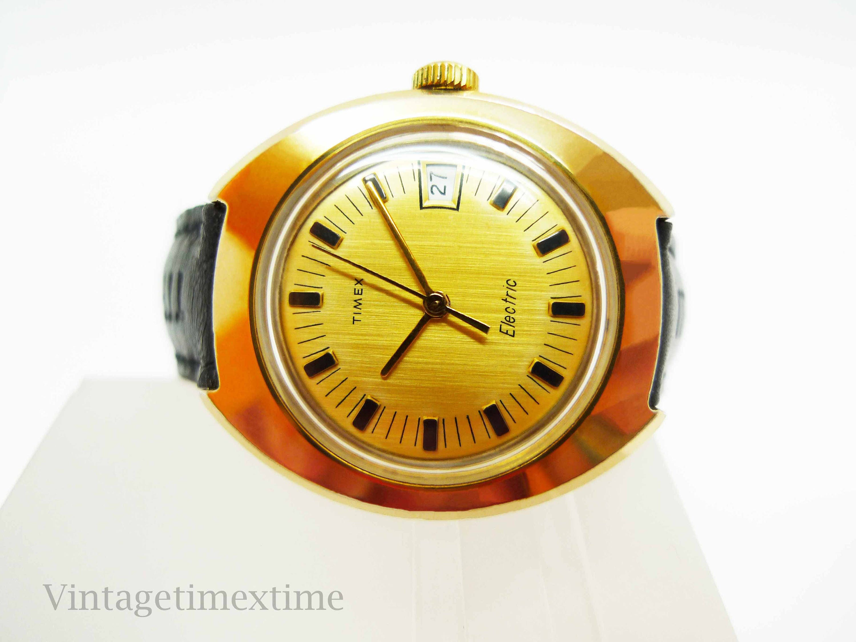 Timex Electric Ladies Watch 1973 with Gold Dial and Date Window Electronic Movement