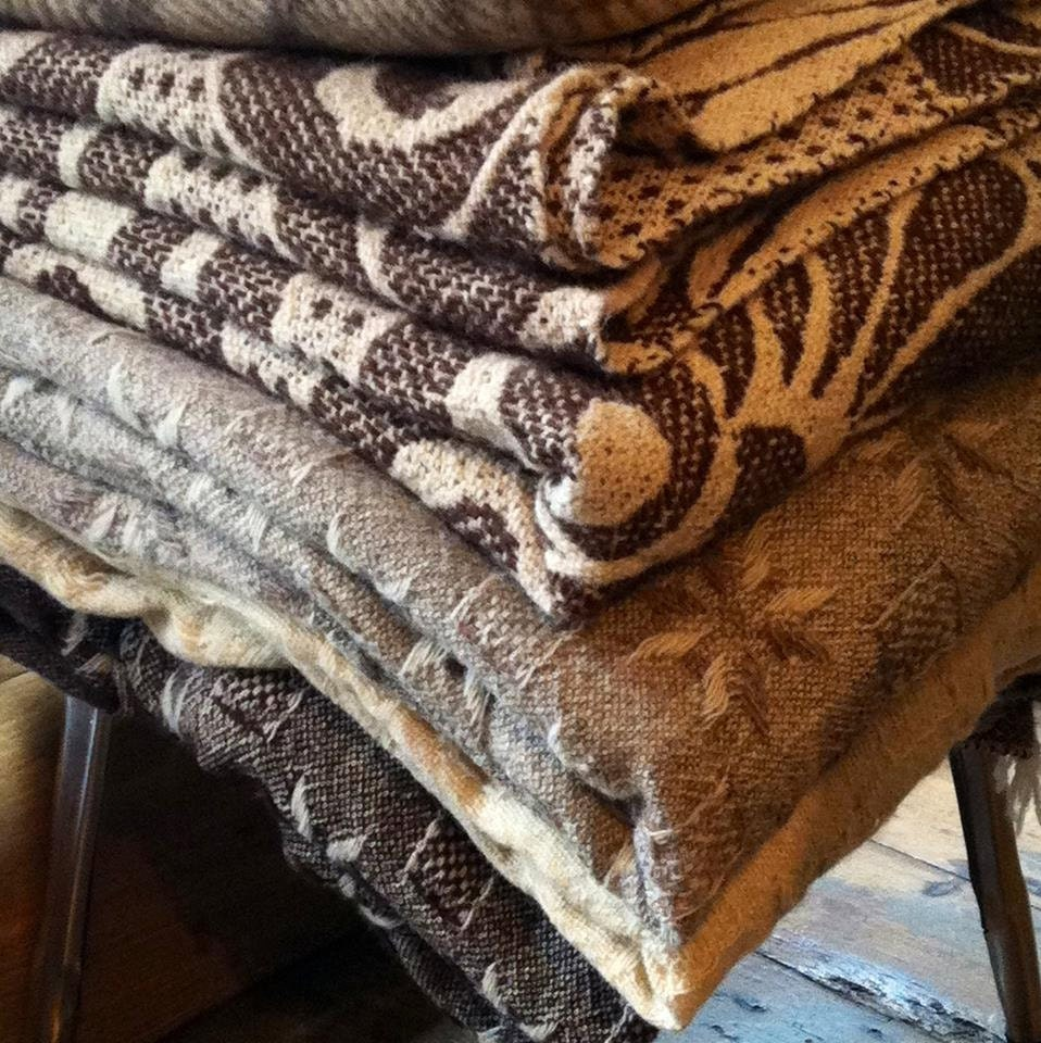 Virgin sheep's wool blanket ,throw 2mx2.20m natural colours no dies  are used - traditsia