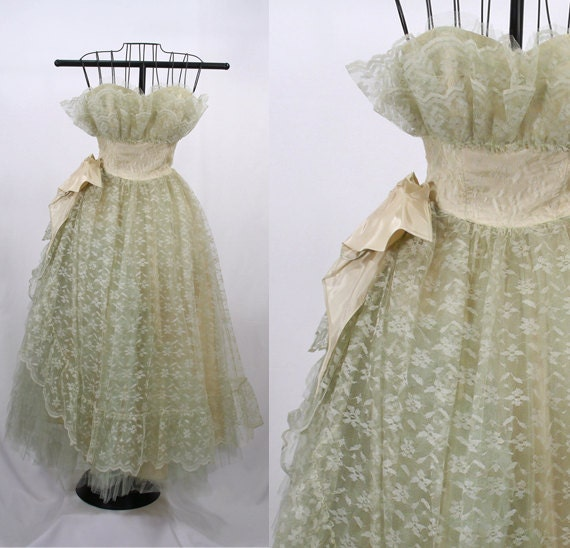 1950s Prom Dress - Green Lace and Satin / Strapless / Wedding / Bridesmaid / Theme Party / Sweet 16 - ParkwaterPrincess