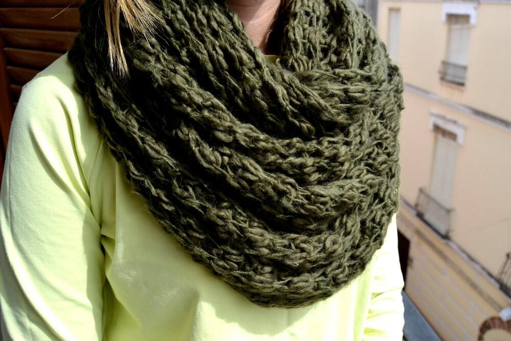 "scarf hand made crochet circular circle ""55 (140 cm) Width: circle ""22 (55cm) - Limbhad"