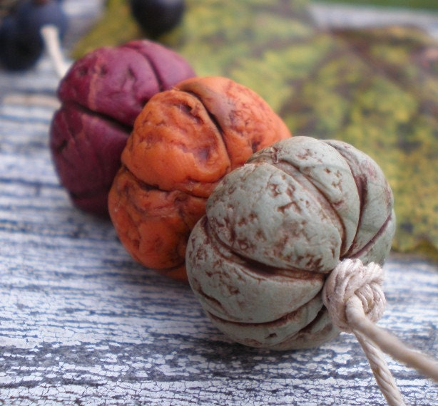 Pumpkin Patch- polymer clay bead set. blue pumpkin gourd. plum pumpkin. burnt orange pumpkin. rustic jewelry beads. Jettabugjewelry - jettabugjewelry