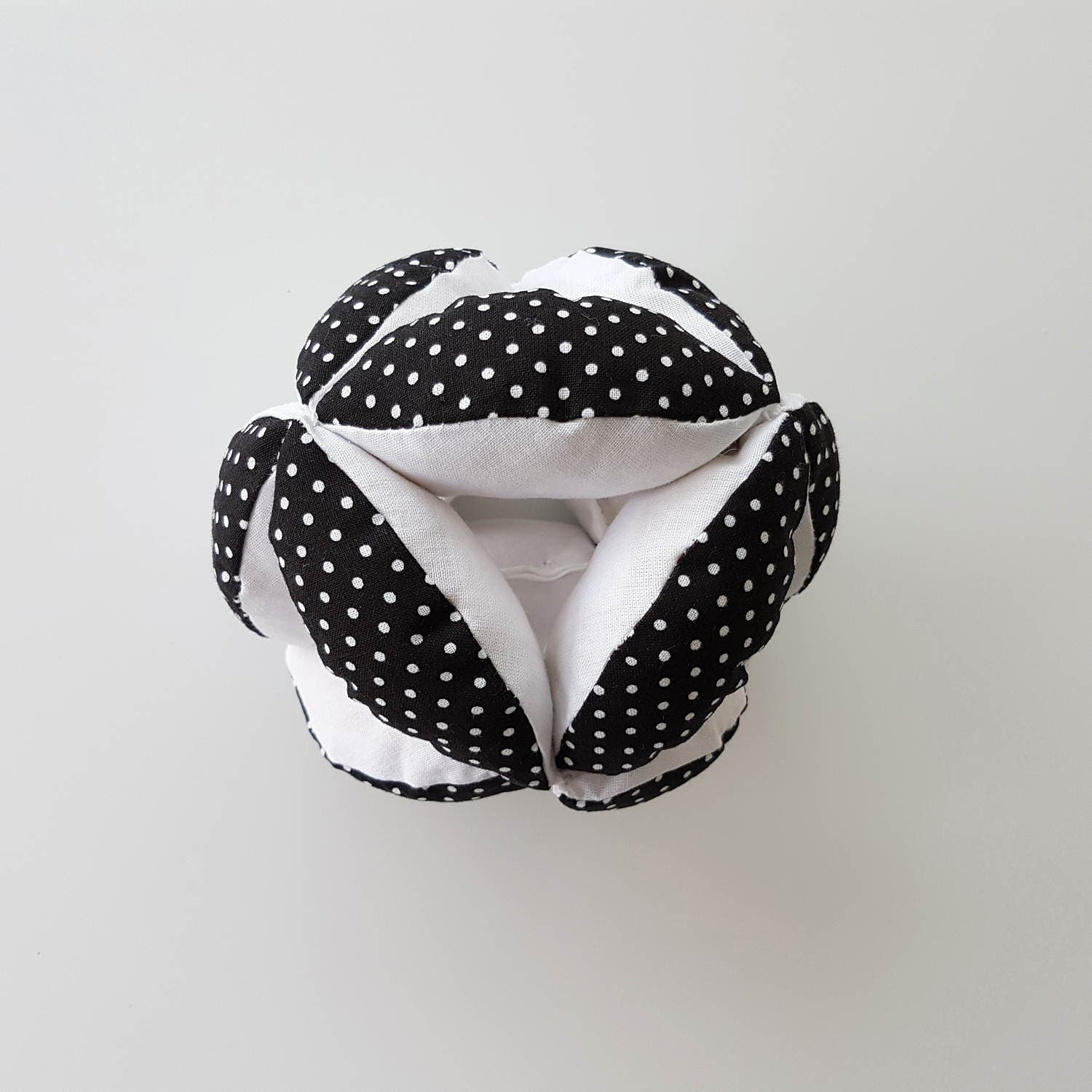 Monochrome Puzzle Ball Montessori Inspired, Clutch Ball, Sensory Baby Toy, Baby Grab Ball, Montessori Ball, Fabric Ball, Sensory Ball