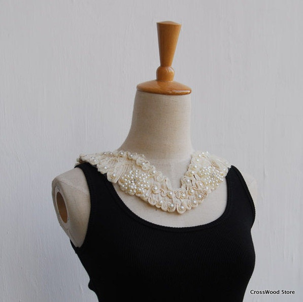 Mori Girl Large Cream Pearl Lace V Collar Necklace