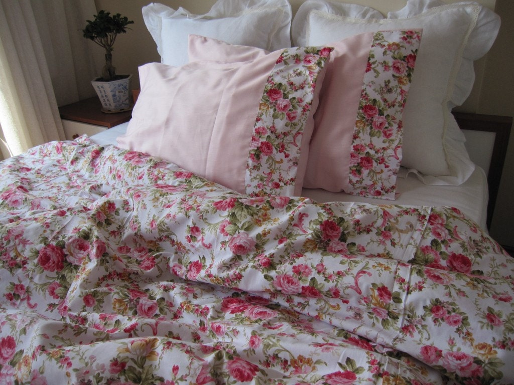 shabby chic Bedding Red green Pink roses floral print Full or Queen ...