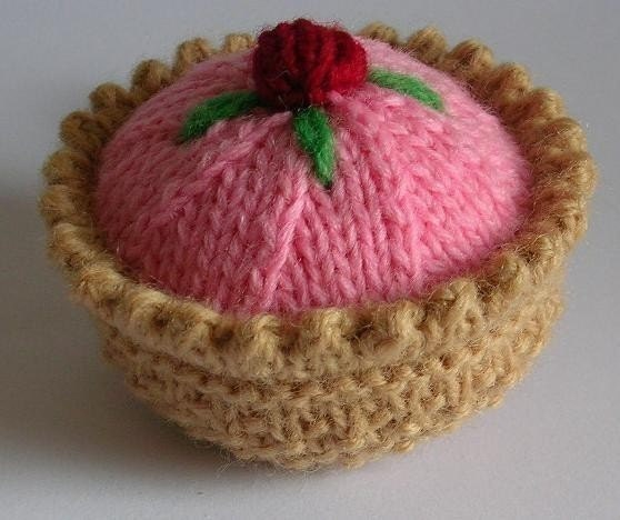 Pretty Pastry Knitting Pattern PDF by cakescakescakes on Etsy
