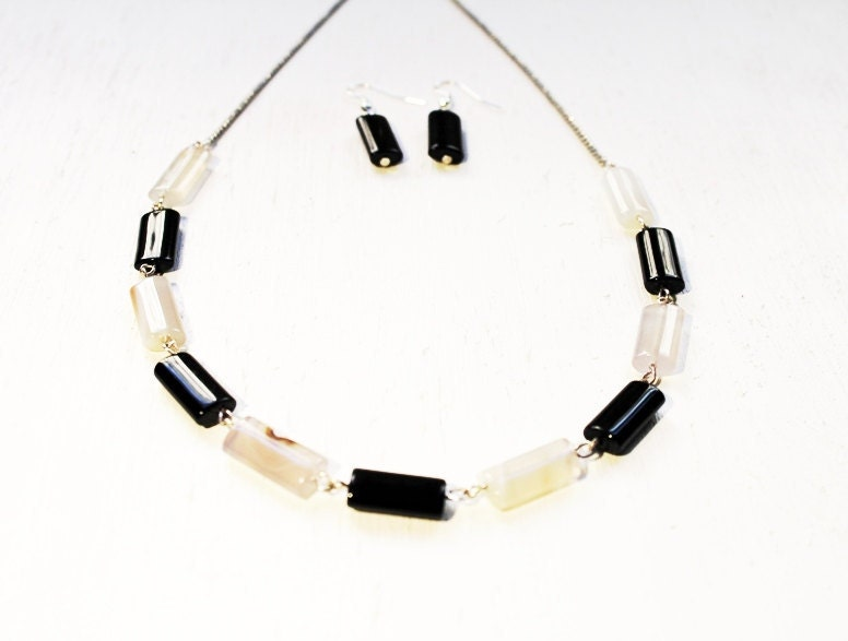 Handmade Natural black and white agate necklace and earring gift set