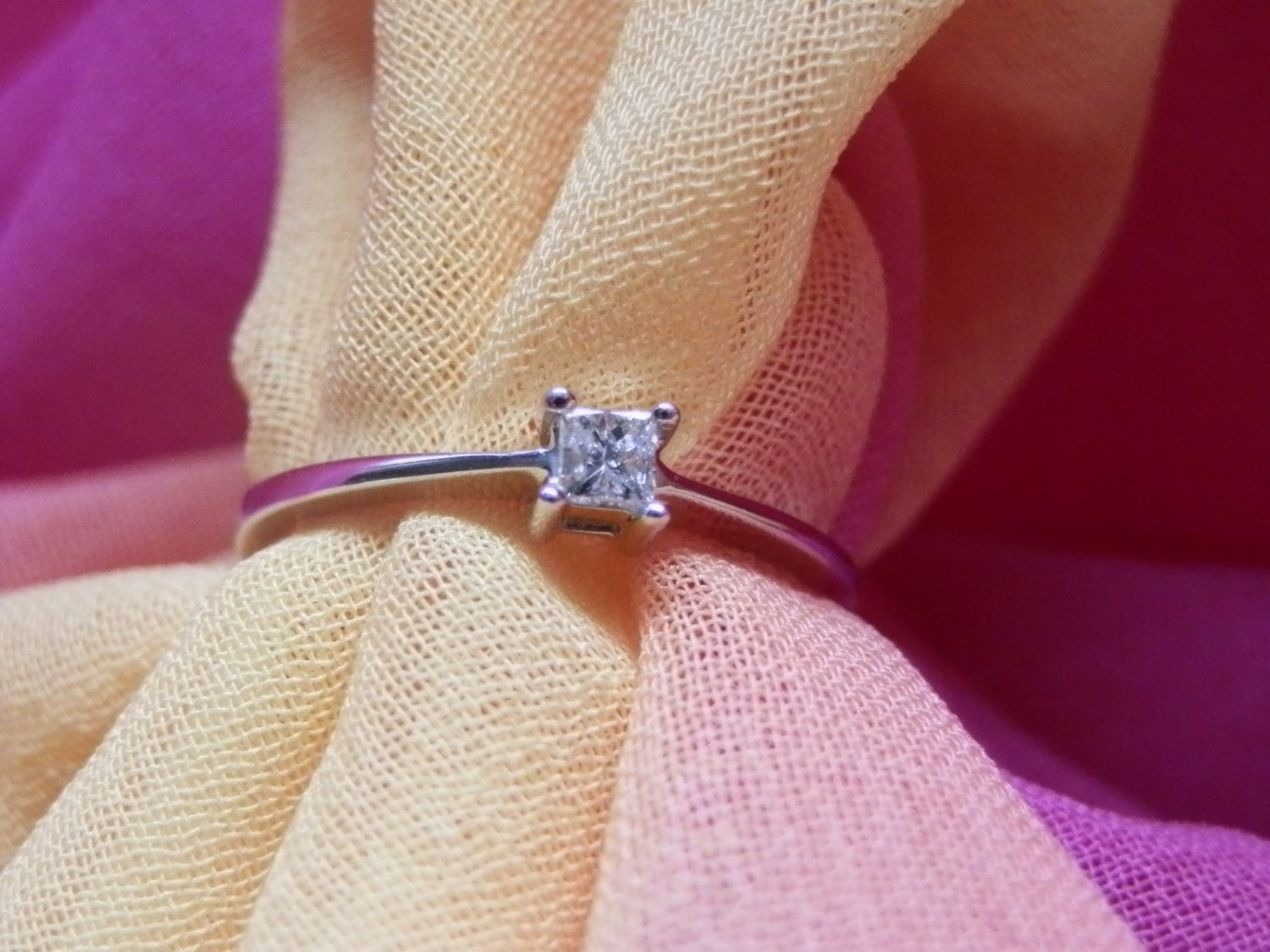 White Gold Princess Cut Diamond Engagement Ring  9kt 9ct Fully Hallmarked  Solitaire 0.10 ct Diamond  Vintage Slight yellow tint Diamond