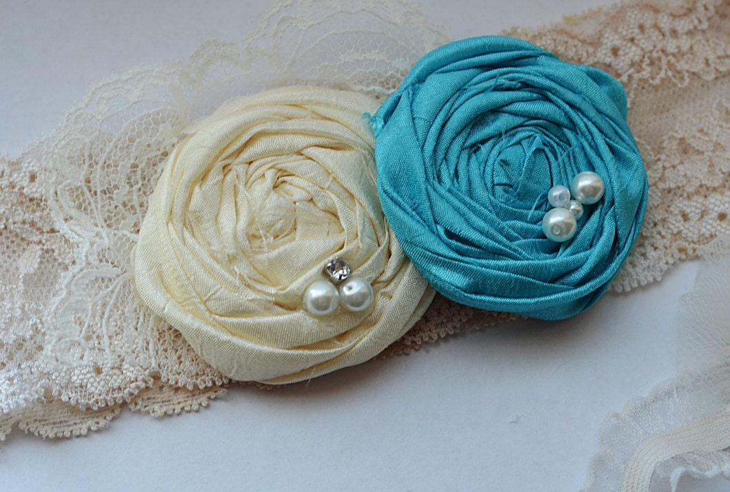Vintage Wedding Garter in Tiffany Blue and Ivory Lace Ivory Lace Something