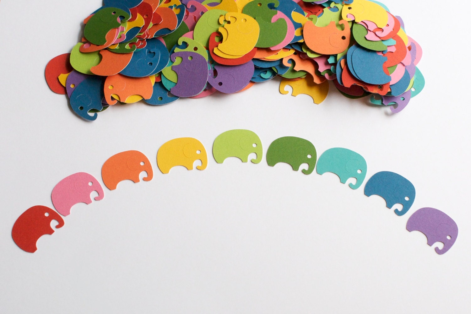 Rainbow baby shower confetti elephant baby shower gender for Baby confetti decoration