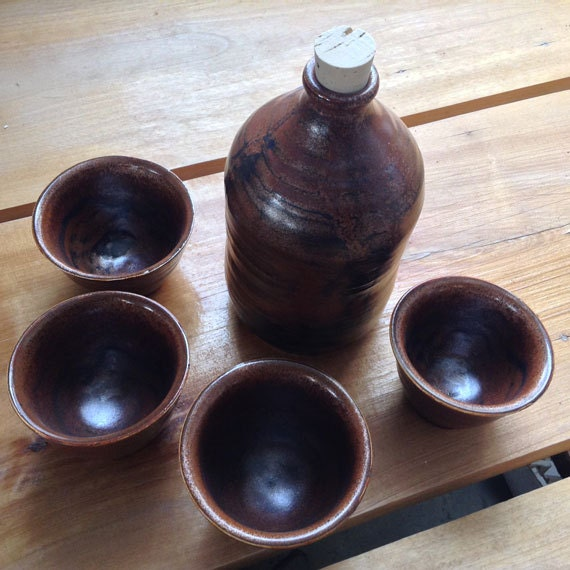 Drink Set Sake Set Brandy Wine Bottle and Serving Cups Pottery Serving Set (1013058)