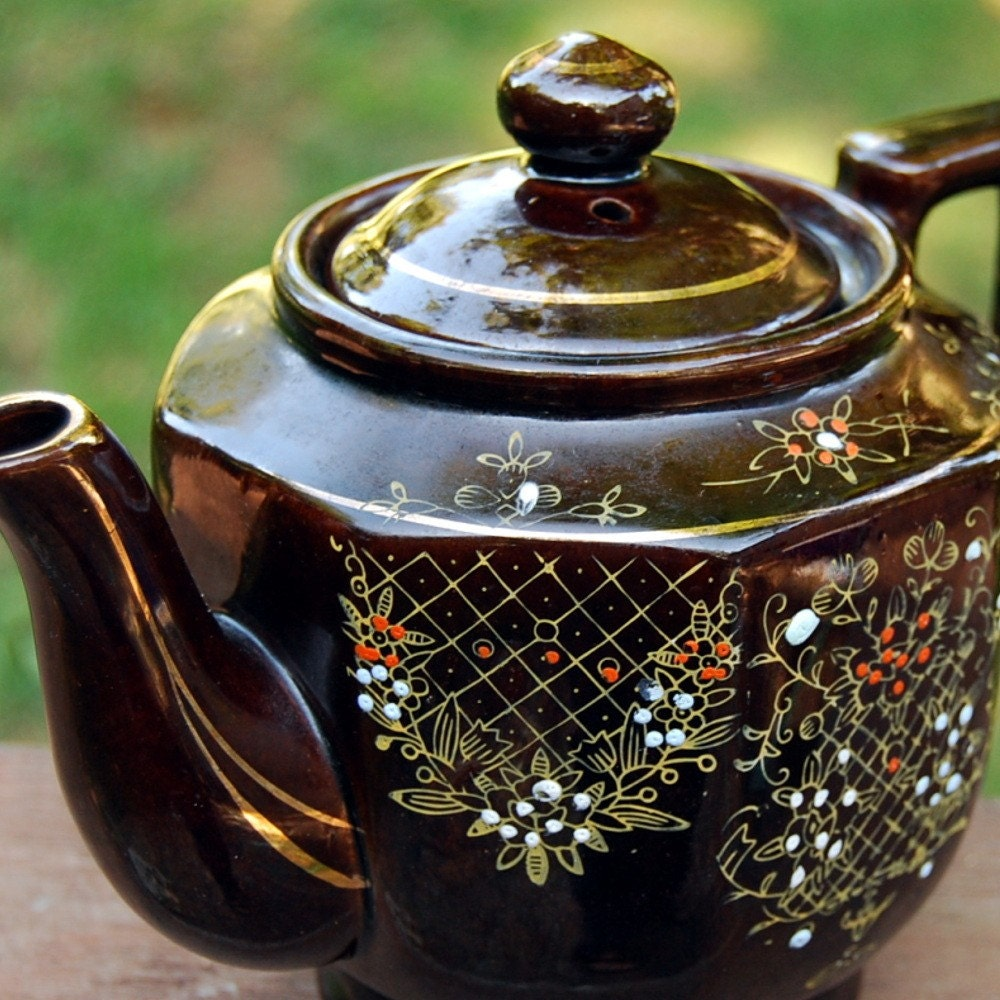 Vintage Brown Hand Painted Japanese Teapot By Calloohcallay