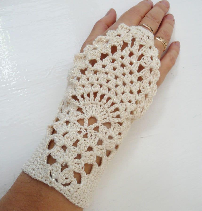 Milk White Crochet Fishnet Fingerless Gloves Mittens by MilenaCh