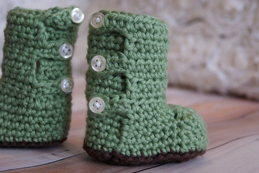 Crochet Pattern Button Up Baby Booties by RAKJpatterns on Etsy