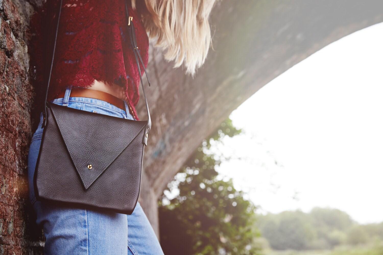 Drifter Crossbody Leather Shoulder Bag