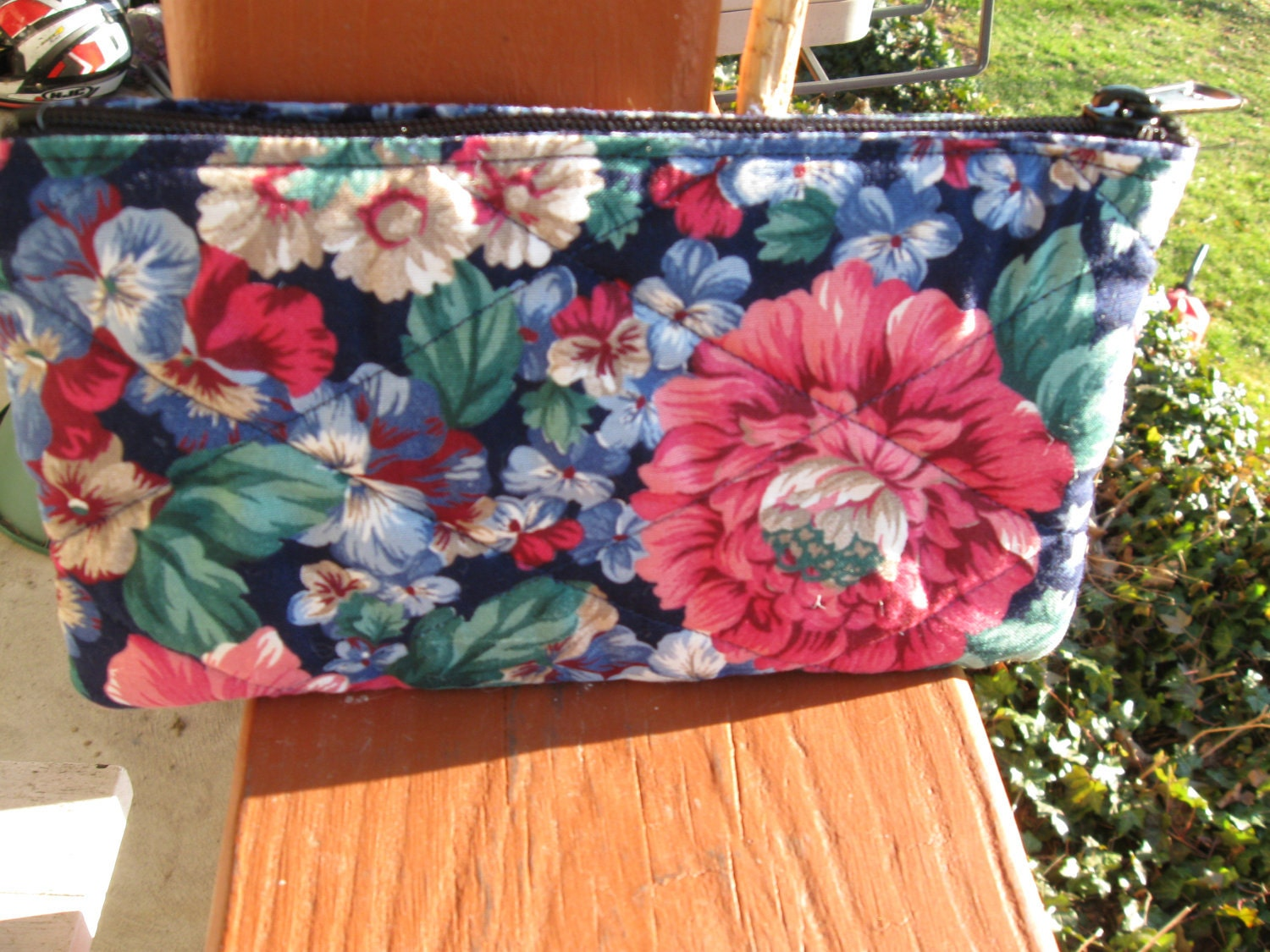 Coupon Organizer Quilted Purse Size Blue Vibrant Floral Material w/ Seperators