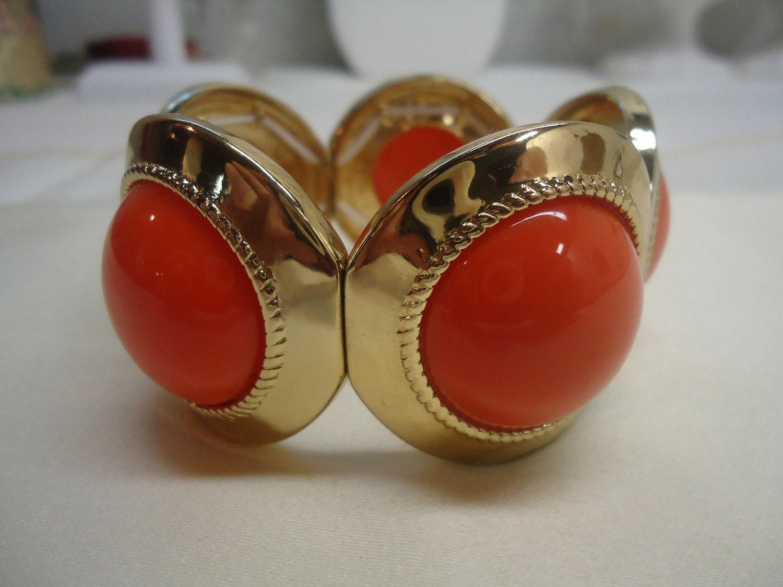 vintage coral gold bracelet