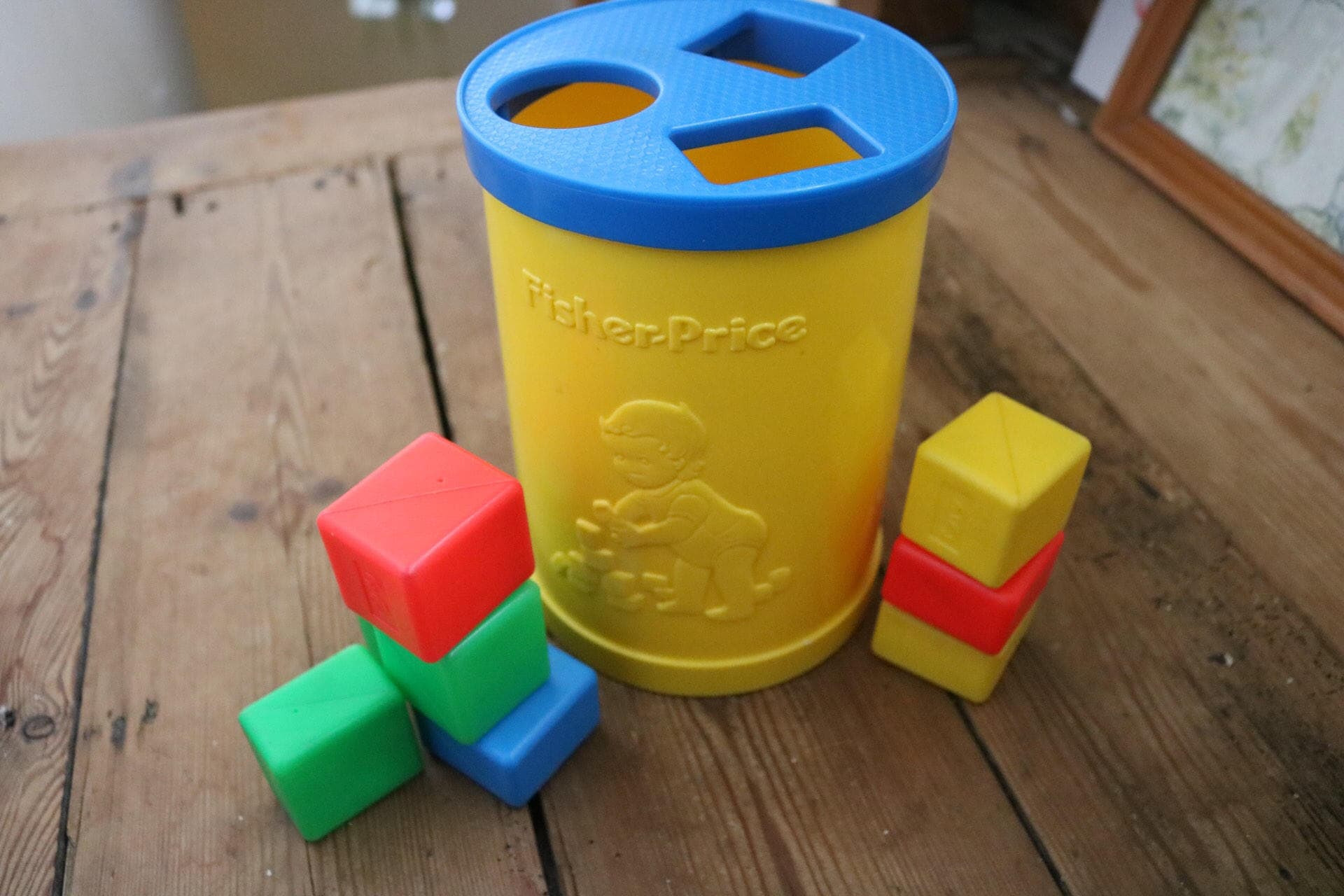 1977 Vintage Fisher Price Shape Sorter