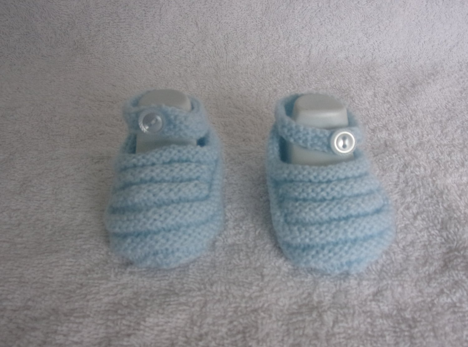 Baby bootiesbooteesshoes 0  3 months hand knitted ribbed pattern in pale blue  baby gift baby shower