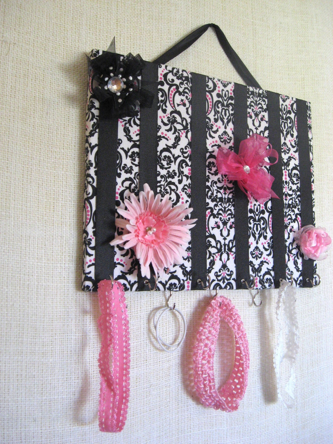 JEWELRY ORGANIZER, Jewelry Bow Board Black and White Damask with Pink Accents- 11x14 inches, 11 Large Hooks