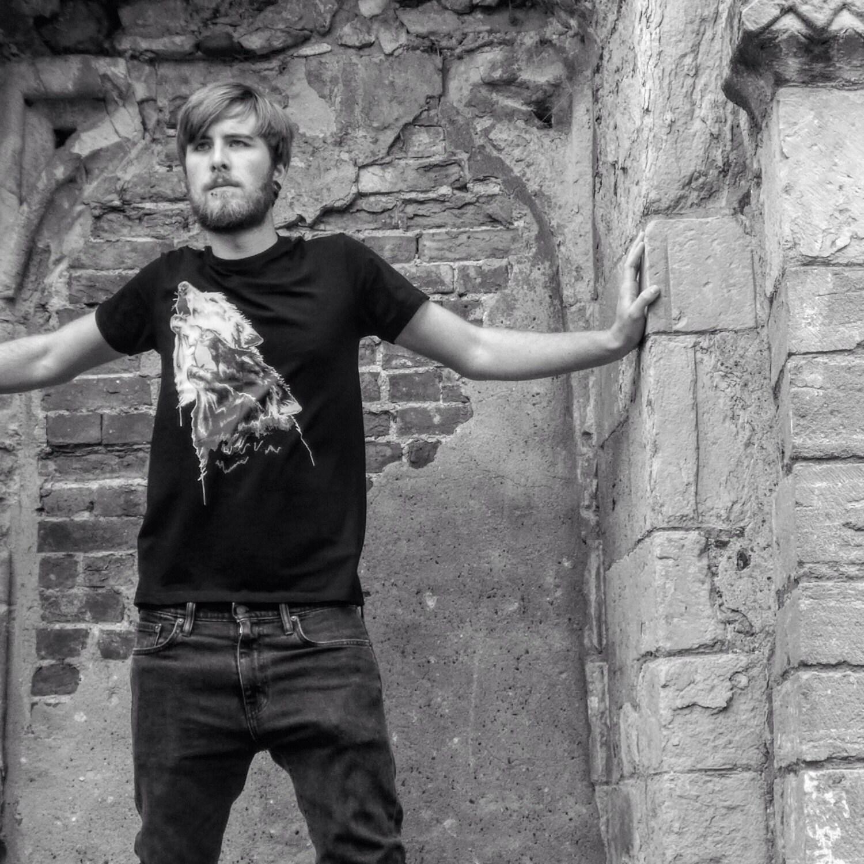 Unisex howling black and white Wolf print Black Tshirt