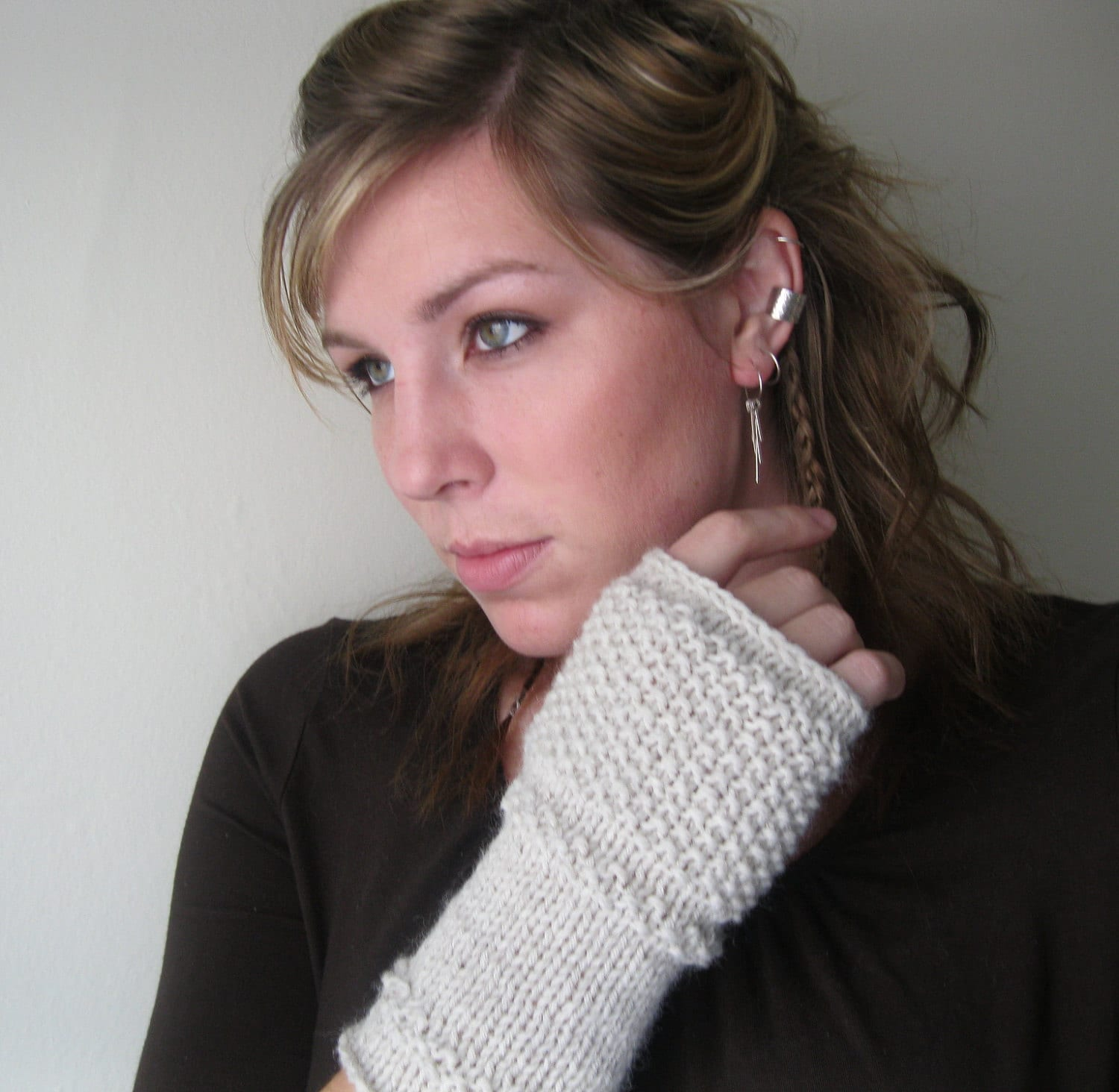 Simple Textured Fingerless Gloves--Oat - atelierfrost