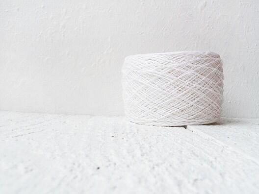 Snow  white Laceweight Linen yarn - white linen thread # 101 - YarnStories