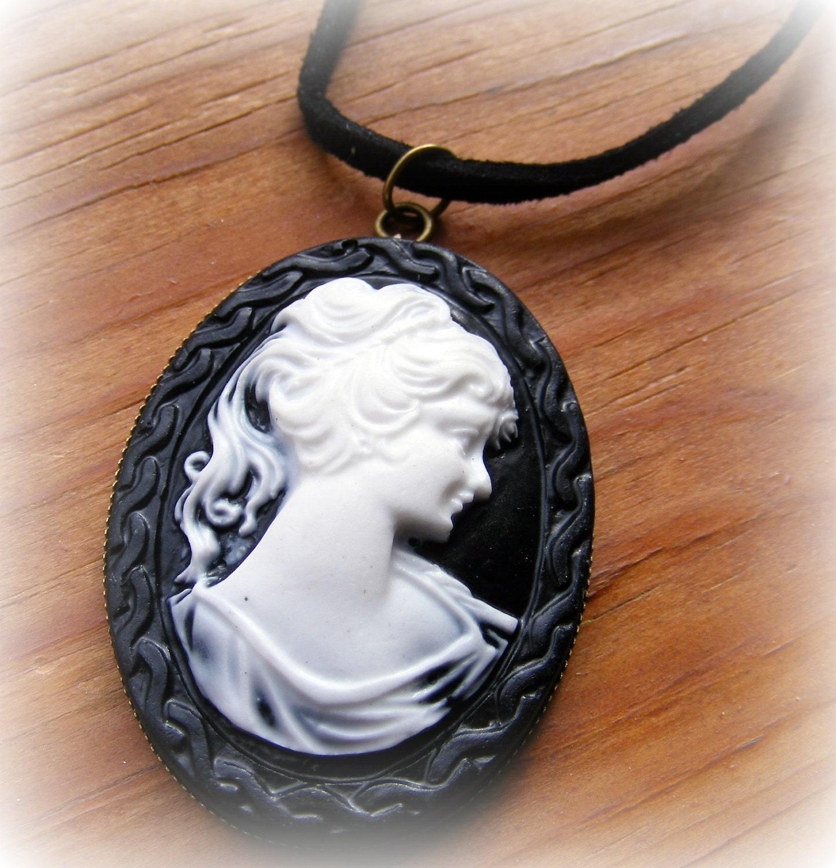 Necklace Antique Bronze Cameo