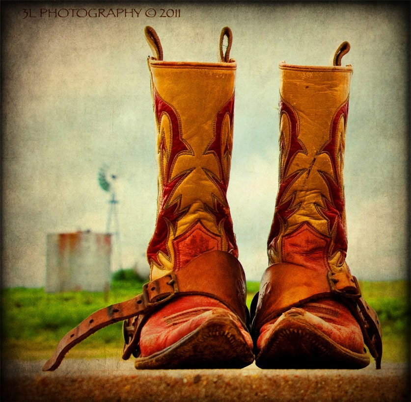 6900369342_6070aab43d_z.jpg, Royalty Free Stock Photography: Vintage cowboy boots in Houston texas, Royalty Free Stock Photography: Vintage cowboy boots in