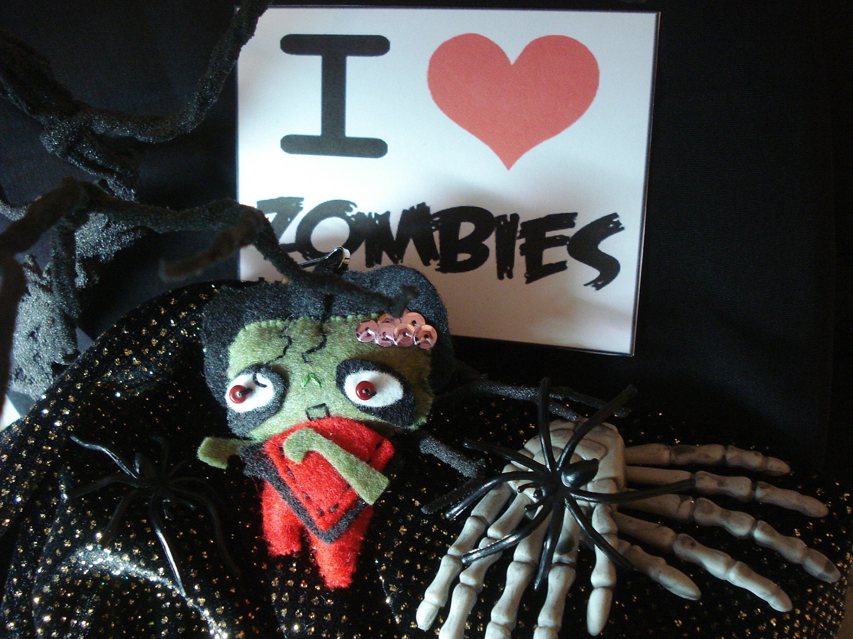 Thriller Zombie Feltie