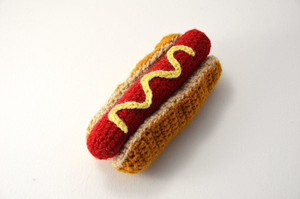 Amigurumi Fast Food : Hotdog Crochet Fast Food Play Kitchen by VliegendeHollander