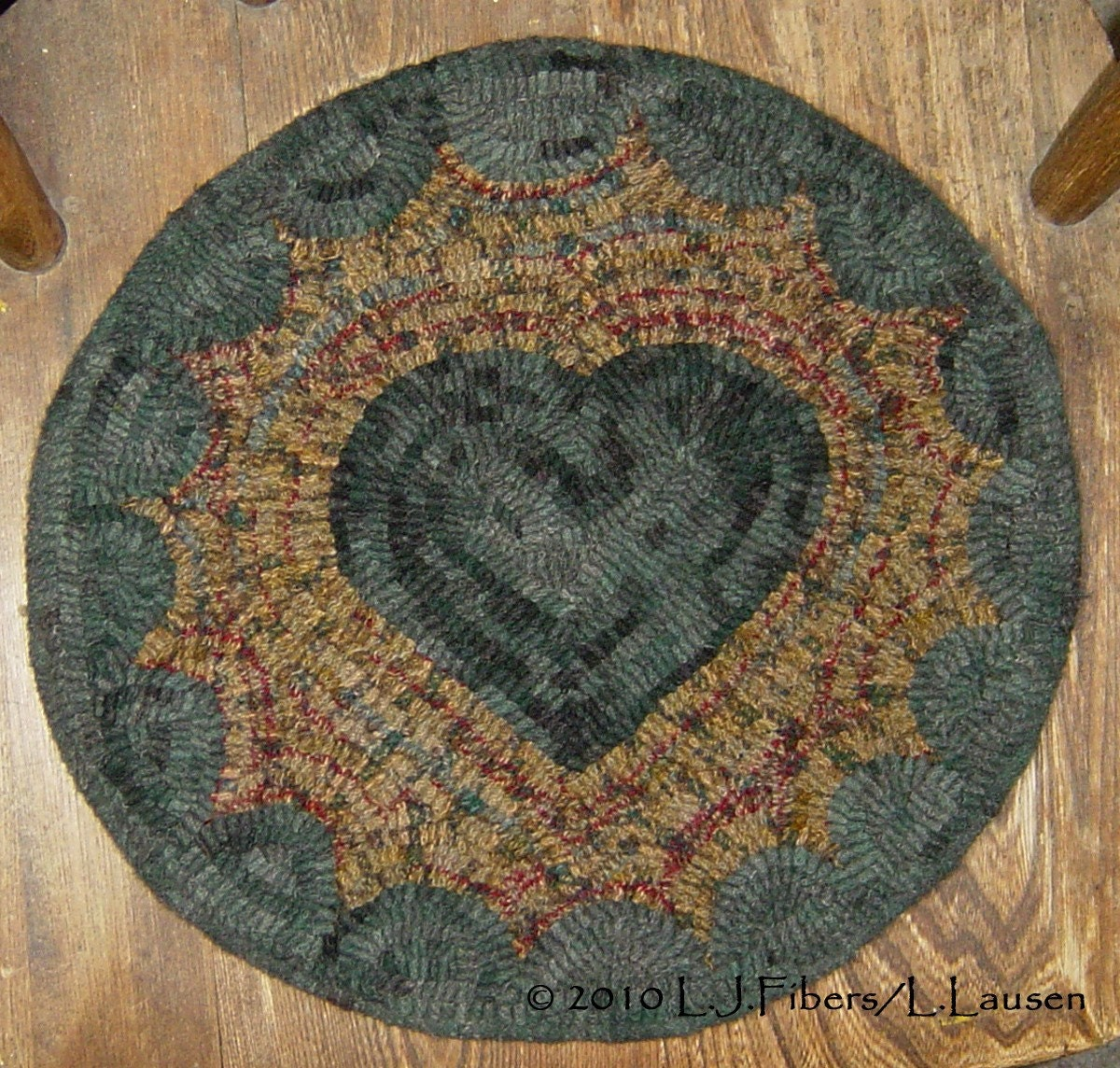 Prim Heart Hooked Wool Chair Pad By Woolyredrug On Etsy