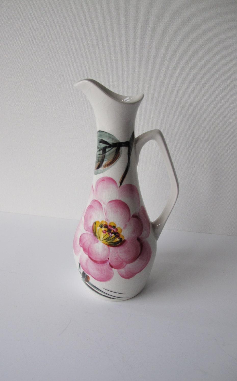 Art deco elegant hand painted single stem vase. Lovely vibrant pink flower design.