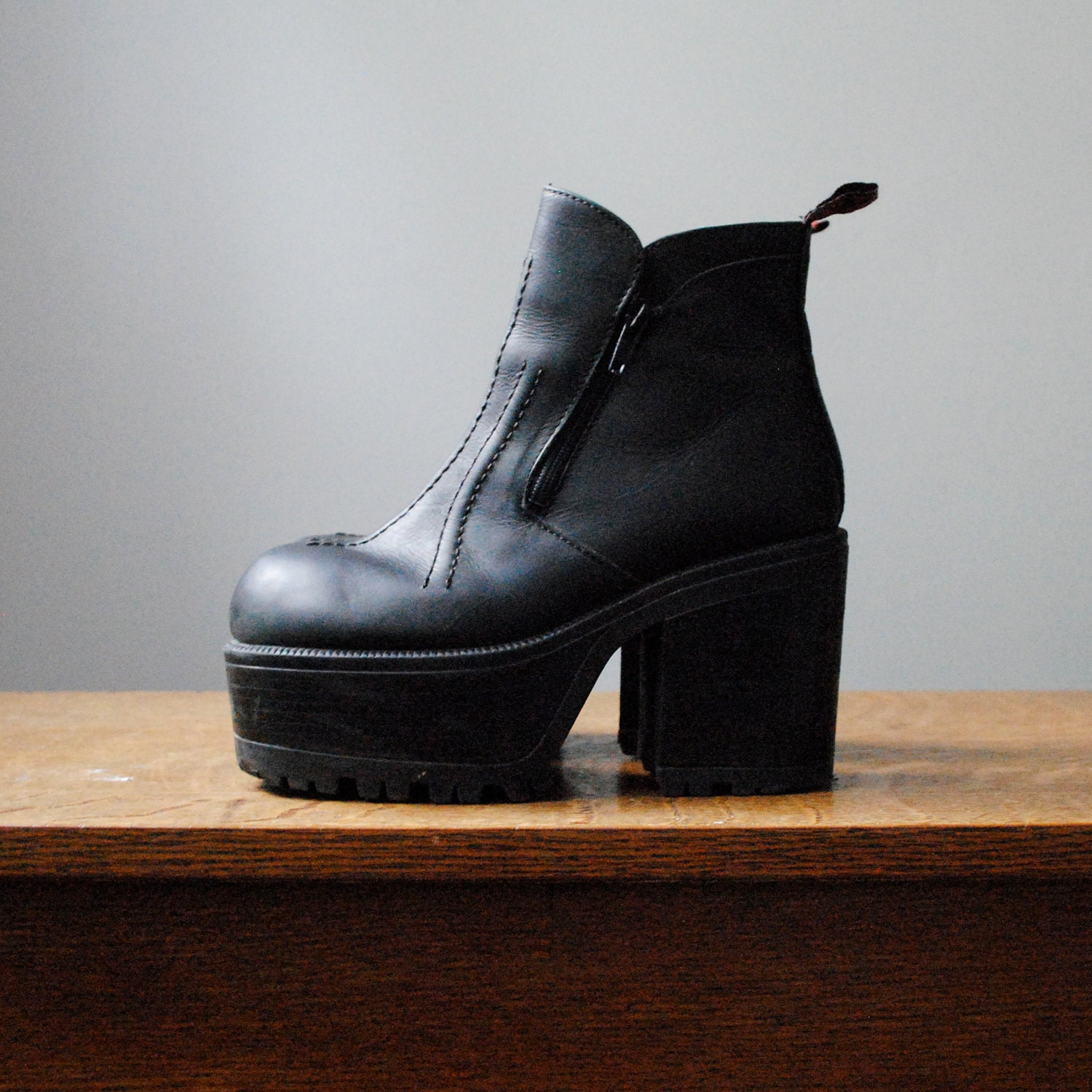 vintage platform boots in black leather with by maisondhibou