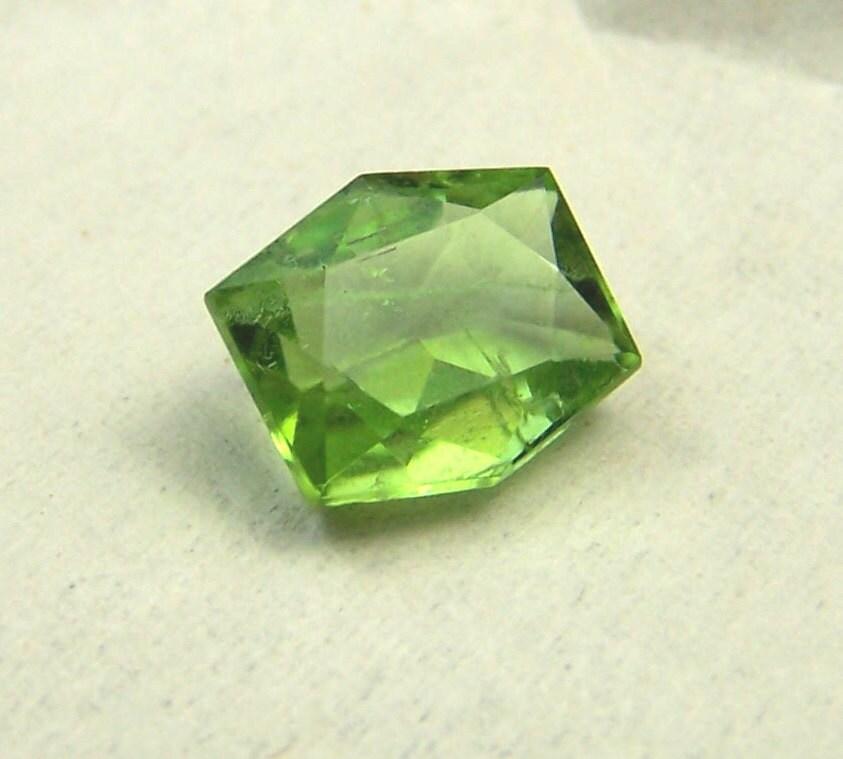 peridot peridot gemstone peridot by coyoterainbow