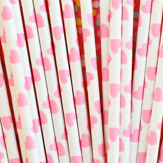 50 Pink Heart Paper Drinking Straws