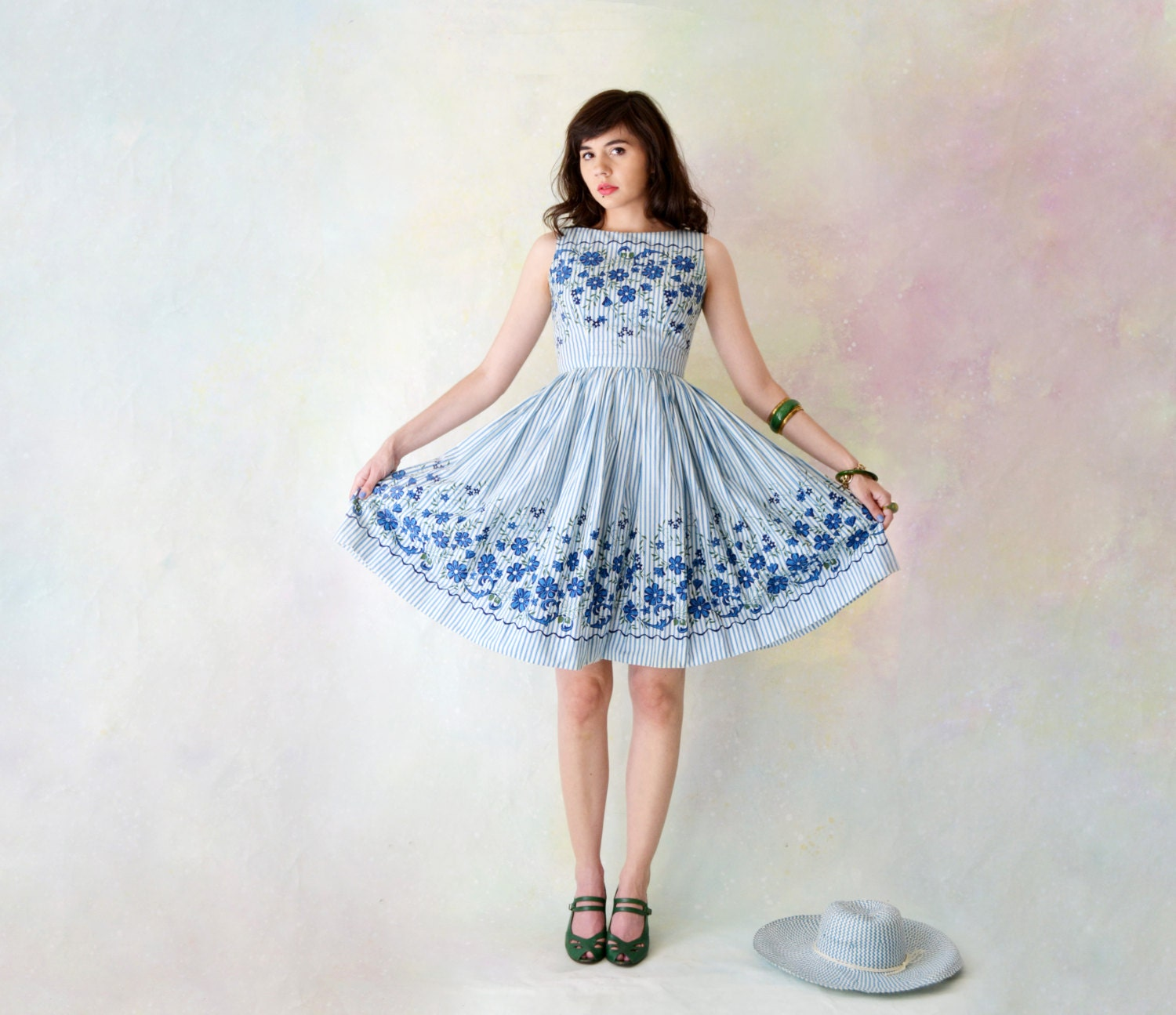 1950's Passing Afternoon Dress // Striped and Floral Printed Dress with Full Skirt // Extra Small // Small - spacewitch