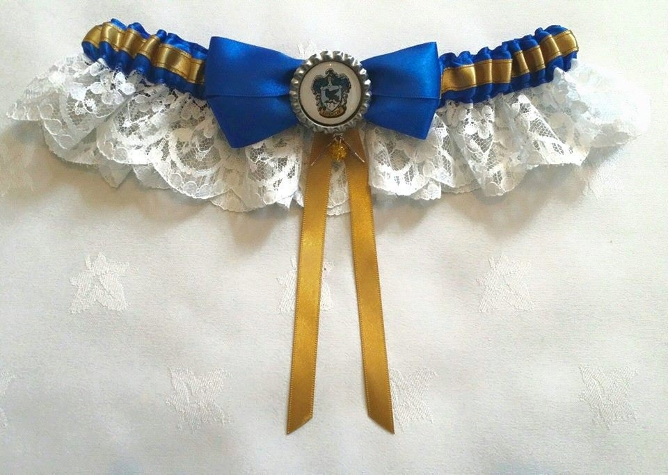 Harry Potter Hogwarts Ravenclaw SatinSatin and Lace GarterGarter Set